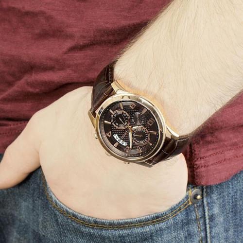 Часы Guess W0076G4 3
