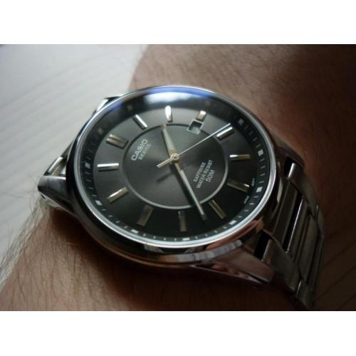 Часы Casio BEM-111D-1AVEF 1