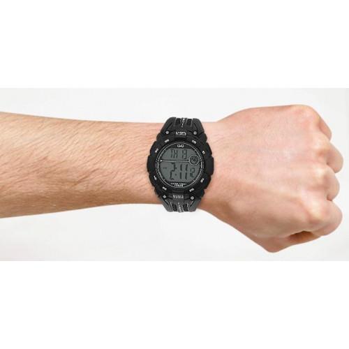 Часы Q&Q M121J003Y 2